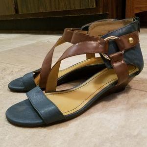 Nine West green tan buckle boho wedge sandals